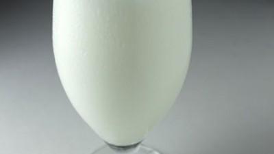 Las bebidas vegetales no son leche y no contienen los mismos nutrientes que la leche de vaca