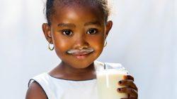 Niños que no consumen lácteos pueden tener deficiencia de Vitamina D