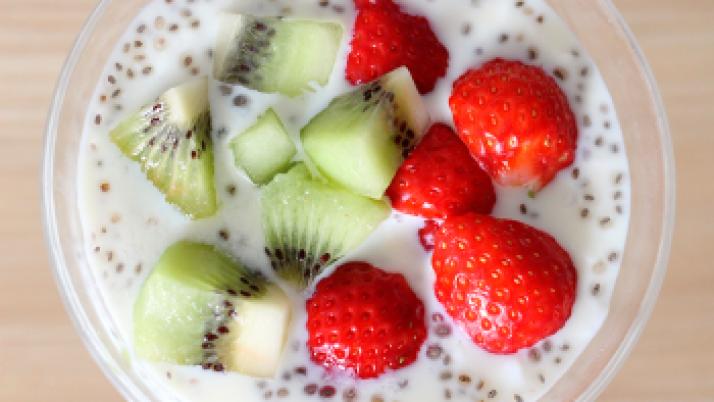 Consumir lácteos, carnes, frutas y verduras contribuyen a prevenir la aparición de caries
