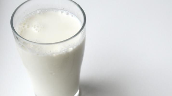 Si tomas leche, mejor entera