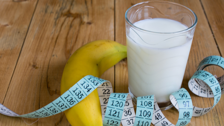 ¿La leche light engorda más que la entera?